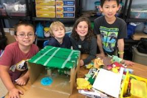 Fourth grade students in STEAM class