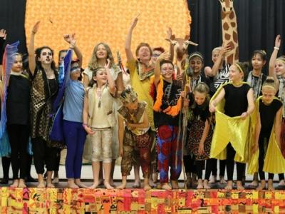 Cast of Lion King